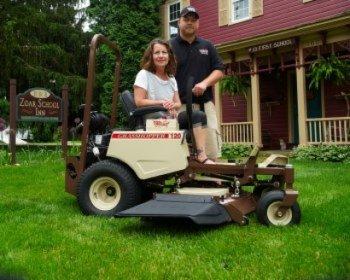 Ohio innkeeper enjoyed summer mowing season with new Grasshopper mower