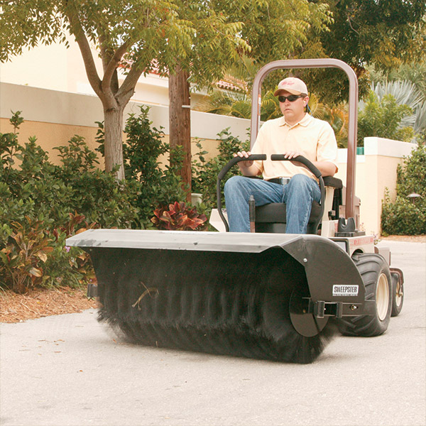remove grass leaves garden mulch rocks