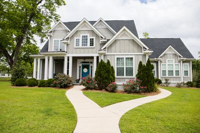 Seven Cost-Effective Curb Appeal Tips To Liven Up Your Lawn